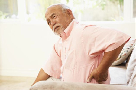 Điều trị đau nhức xương khớp ở người cao tuổi
